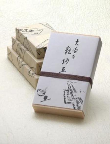 大徳寺粒納豆(220g 箱入り)